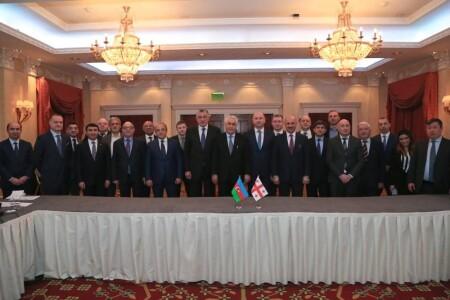 Azərbaycan və Gürcüstan ərazisindən Türkmənistan neftinin daşınması tarifləri müəyyən edilib